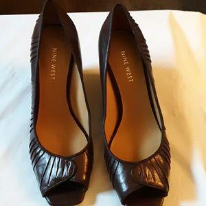 Nine West  shoe. 6.5